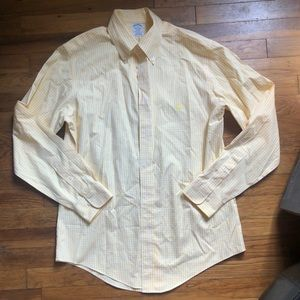 BROOKS BROTHER BUTTON DOWN